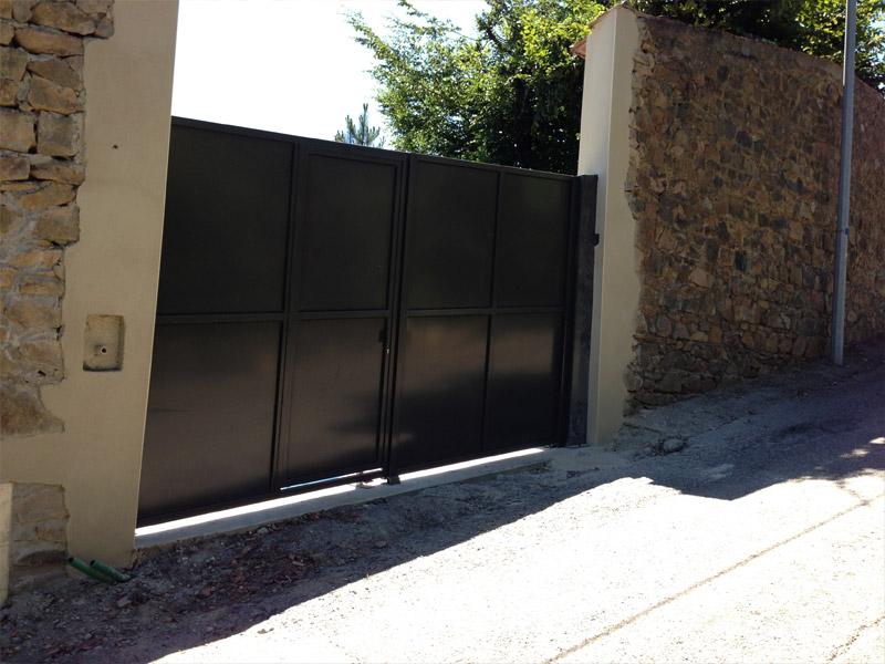 Installation thermique portail avec portillon integrex for Portail coulissant avec portillon integre