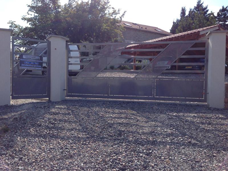 R alisation de portails sur l 39 ouest lyonnais for Portail piscine